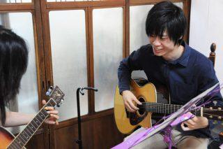 川口ギター・ウクレレ教室