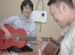 草苅聡 フラメンコギター教室