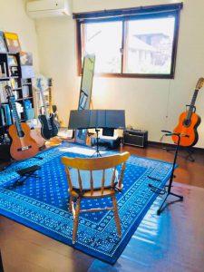 稲川ギターウクレレ教室